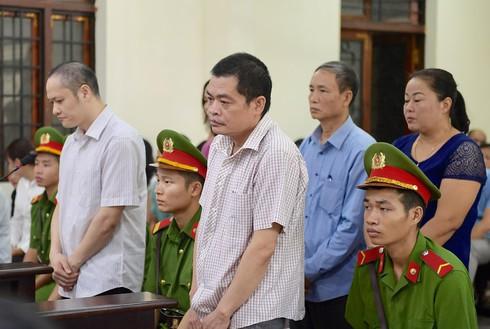 Tuyên án vụ sửa điểm thi ở Hà Giang: Bị cáo Triệu Thị Chính 2 năm tù - Ảnh 1.
