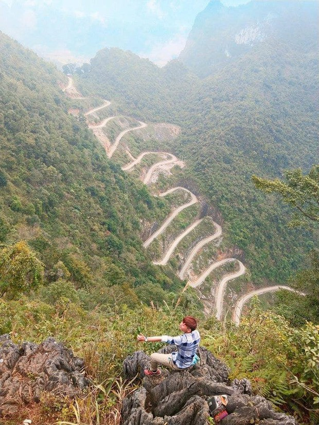 Đã tìm ra con đèo đáng sợ nhất Việt Nam: Uốn lượn 14 tầng cao vút, đến hội phượt thủ lâu năm cũng phải dè chừng - Ảnh 3.