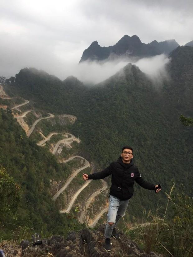 Đã tìm ra con đèo đáng sợ nhất Việt Nam: Uốn lượn 14 tầng cao vút, đến hội phượt thủ lâu năm cũng phải dè chừng - Ảnh 9.