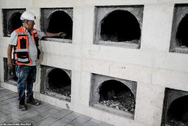 Bên trong thành phố cho người chết khổng lồ dưới lòng Jerusalem - Ảnh 5.