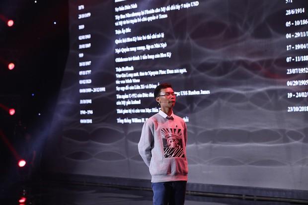 Siêu trí tuệ: Lại Văn Sâm, Trấn Thành... cúi mình ngưỡng mộ dị nhân 14 tuổi ghi nhớ 1.000 cột mốc lịch sử trong 20 phút! - Ảnh 2.