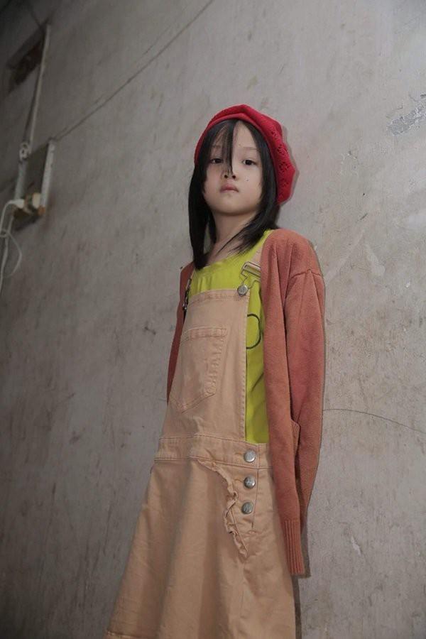Hành trình vươn tới ước mơ từ em bé vô gia cư đến những bước tỏa sáng trên sàn catwalk chứng minh: Cổ tích đời thực là có thật! - Ảnh 6.