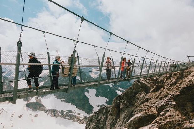 zurich - photo 1 15701535411541040618158 - Giữa lúc khắp nơi ô nhiễm như thế này, mời bạn xem ngay bộ ảnh du lịch xanh mướt ở Thụy Sĩ để xoa dịu tâm hồn nhé!