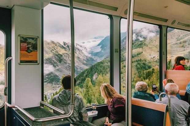 zurich - photo 10 15701535437891065031993 - Giữa lúc khắp nơi ô nhiễm như thế này, mời bạn xem ngay bộ ảnh du lịch xanh mướt ở Thụy Sĩ để xoa dịu tâm hồn nhé!