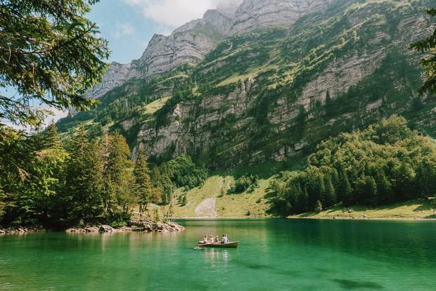 zurich - photo 16 15701535438021713124952 - Giữa lúc khắp nơi ô nhiễm như thế này, mời bạn xem ngay bộ ảnh du lịch xanh mướt ở Thụy Sĩ để xoa dịu tâm hồn nhé!