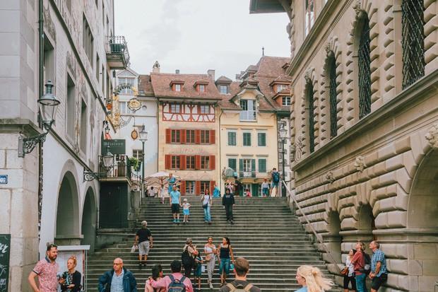 zurich - photo 3 15701535437741193396095 - Giữa lúc khắp nơi ô nhiễm như thế này, mời bạn xem ngay bộ ảnh du lịch xanh mướt ở Thụy Sĩ để xoa dịu tâm hồn nhé!