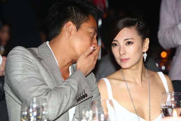 Trương Vũ Kỳ: Kẻ phản bội Châu Tinh Trì, 2 cuộc hôn nhân bị lừa cả tình lẫn tiền và scandal đâm chồng chấn động Cbiz - Ảnh 9.