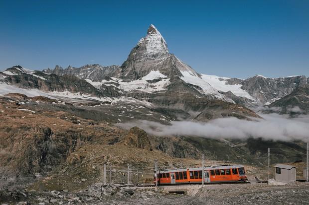 zurich - photo 9 1570153543788314518275 - Giữa lúc khắp nơi ô nhiễm như thế này, mời bạn xem ngay bộ ảnh du lịch xanh mướt ở Thụy Sĩ để xoa dịu tâm hồn nhé!