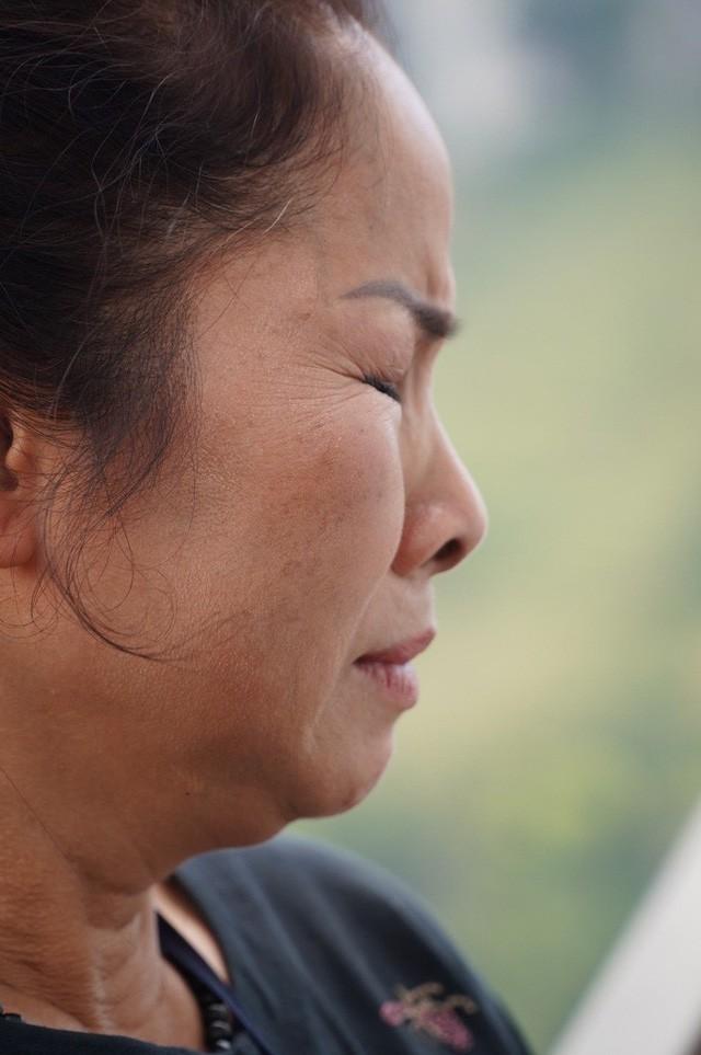 Bà chủ công trình trên đèo Mã Pí Lèng: Tôi không tự ý làm, không xây dựng vụng trộm - Ảnh 1.