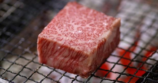 """Đánh bật cả bò Wagyu """"400 năm có một"""", món ăn Việt bình dân xếp hạng cao bất ngờ trên CNN - Ảnh 3."""