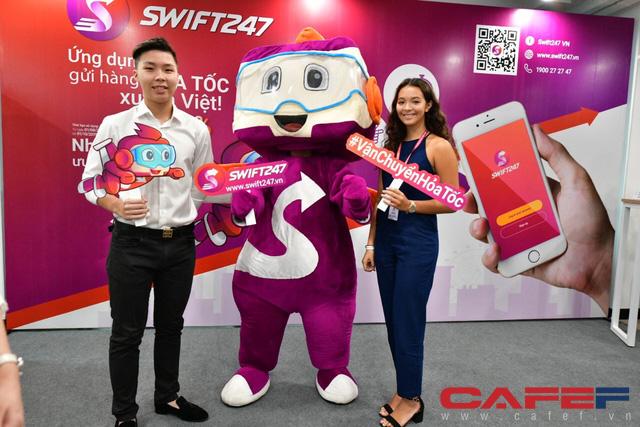 Start-up SWIFT247: Du học sinh Anh quốc giải bài toán ship hàng xuyên quốc gia với tốc độ máy bay sau một lần suýt lỡ visa du học  - Ảnh 1.