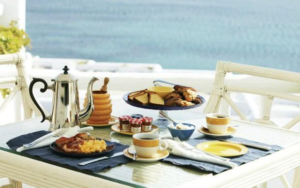 - photo 2 15725786347261990824177 - Tại sao các khách sạn thường phục vụ bữa sáng buffet miễn phí cho khách? Như vậy là họ lỗ hay lời?