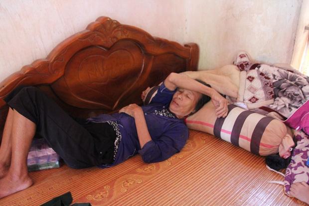 Vụ 39 người Việt tử vong trong xe container: Vợ trẻ mang bầu 7 tháng khóc cạn khô nước mắt chờ ngày đón thi thể chồng - Ảnh 3.