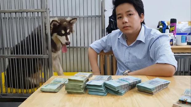 """Cuộc chiến đọ view giữa các kênh du lịch - ẩm thực hot nhất hiện nay: Khoa Pug, Bà Tân cũng phải """"chào thua"""" trước YouTuber này! - Ảnh 15."""