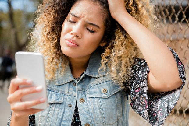 Bất chợt nhận tin nhắn ma ám từ người thân đã khuất, hàng loạt dân Mỹ hoang mang không hiểu điều gì vừa xảy ra - Ảnh 1.