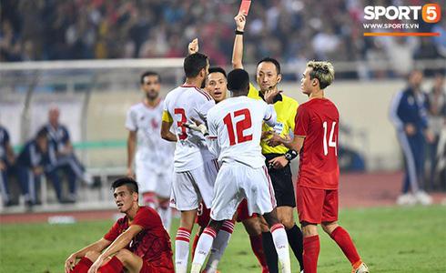 Tiến Linh lập siêu phẩm, tuyển Việt Nam hạ gục UAE để chiếm ngôi đầu bảng từ tay Thái Lan - Ảnh 13.
