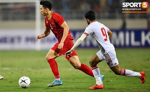 Tiến Linh lập siêu phẩm, tuyển Việt Nam hạ gục UAE để chiếm ngôi đầu bảng từ tay Thái Lan - Ảnh 17.