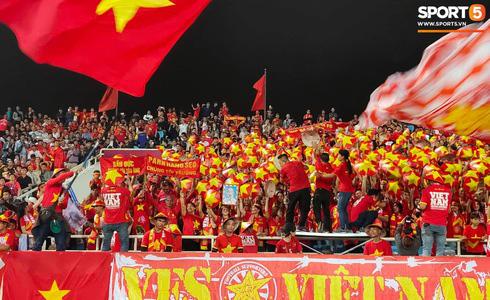 Tiến Linh lập siêu phẩm, tuyển Việt Nam hạ gục UAE để chiếm ngôi đầu bảng từ tay Thái Lan - Ảnh 18.