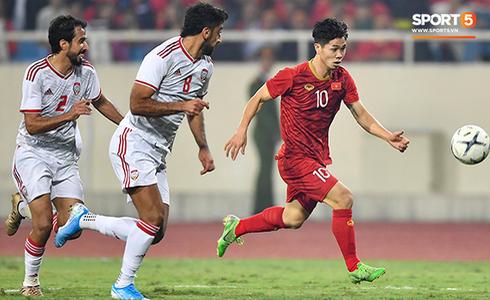 Tiến Linh lập siêu phẩm, tuyển Việt Nam hạ gục UAE để chiếm ngôi đầu bảng từ tay Thái Lan - Ảnh 3.