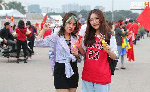 Tiến Linh lập siêu phẩm, tuyển Việt Nam hạ gục UAE để chiếm ngôi đầu bảng từ tay Thái Lan - Ảnh 22.