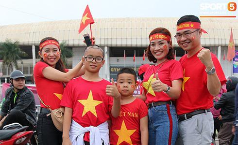 Tiến Linh lập siêu phẩm, tuyển Việt Nam hạ gục UAE để chiếm ngôi đầu bảng từ tay Thái Lan - Ảnh 25.