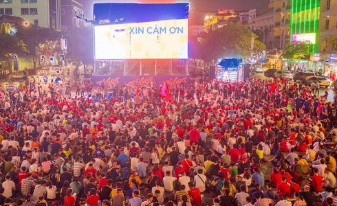 Tiến Linh lập siêu phẩm, tuyển Việt Nam hạ gục UAE để chiếm ngôi đầu bảng từ tay Thái Lan - Ảnh 9.