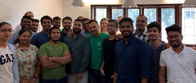 Trở nên giàu có sau khi bán công ty, doanh nhân Ấn Độ lập startup giúp mọi người đầu tư - Ảnh 1.