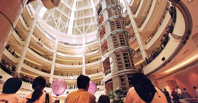 Không để kinh tế số chặn đường sống, các trung tâm thương mại Đông Nam Á ngày càng đa năng và thông minh hơn - Ảnh 1.