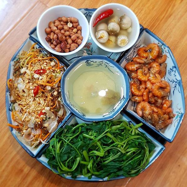 7 thói xấu trong bữa ăn khiến con người chết sớm hơn, điều số 2 các gia đình Việt biết hại nhưng không bỏ được - Ảnh 4.