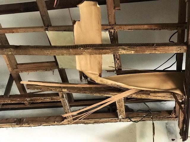 Bên trong căn biệt thự kiểu Pháp hoang tàn trên đất vàng Hà Nội trở thành nơi gửi xe - Ảnh 11.