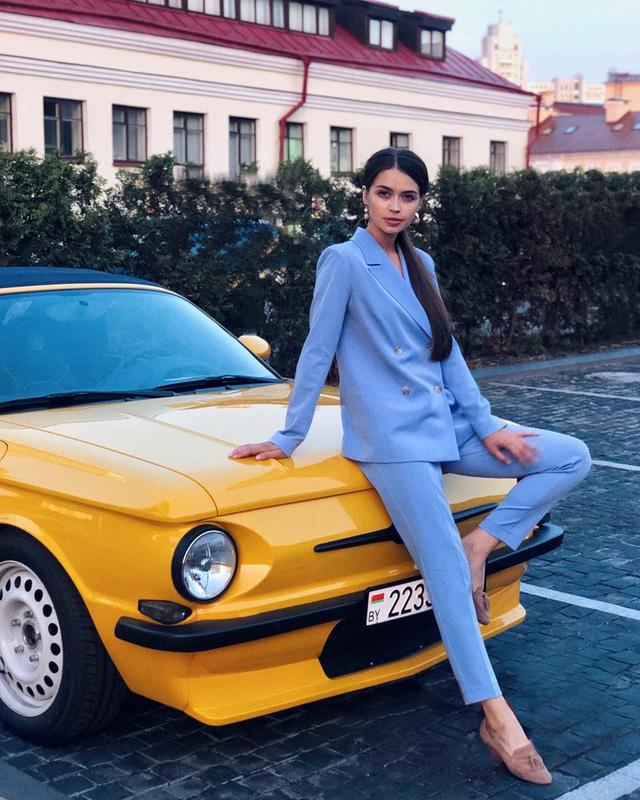 Nhan sắc đỉnh cao của nữ nghị sĩ trẻ nhất quốc hội Belarus: Từng lọt vào top 5 Miss World 2018, đã đẹp lại có thành tích học tập khủng! - Ảnh 4.