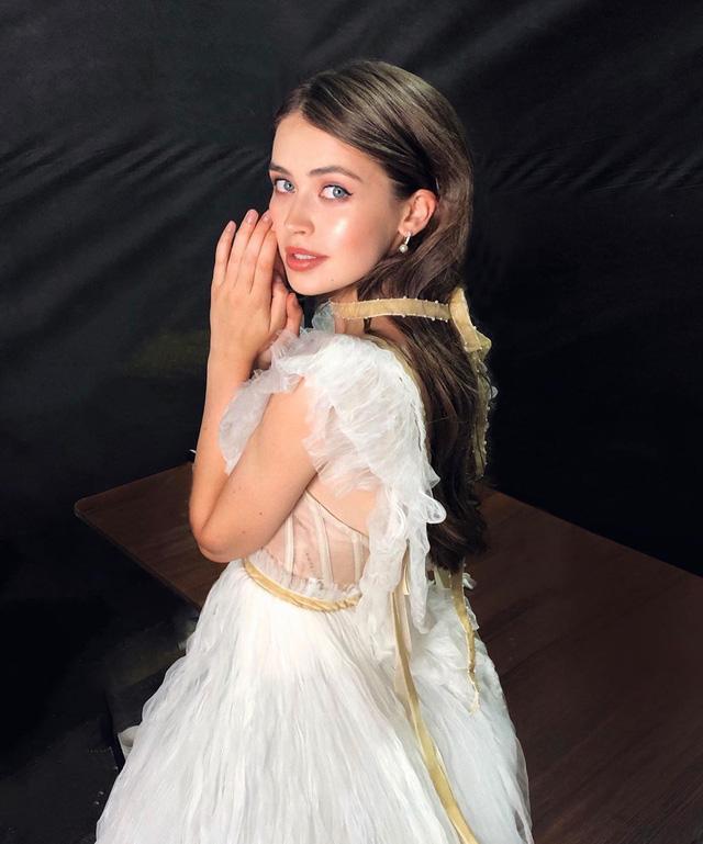 Nhan sắc đỉnh cao của nữ nghị sĩ trẻ nhất quốc hội Belarus: Từng lọt vào top 5 Miss World 2018, đã đẹp lại có thành tích học tập khủng! - Ảnh 7.