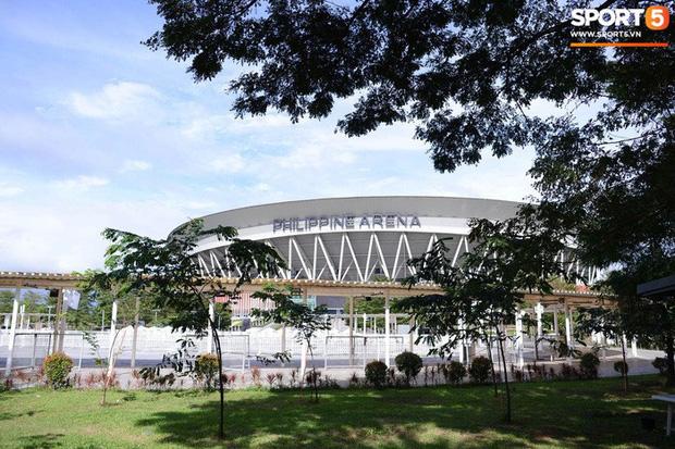 Địa điểm tổ chức lễ khai mạc SEA Games 30: Bất ngờ trước cảnh ngổn ngang, sơ sài của chủ nhà Philippines - Ảnh 2.