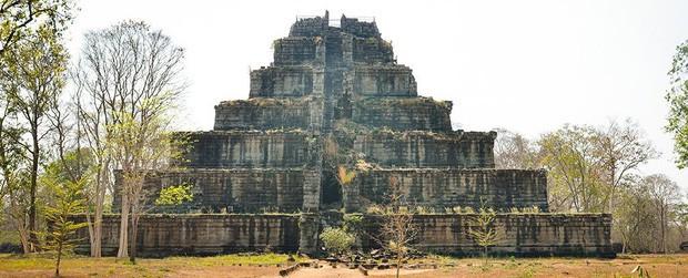 Phát hiện lý do thực sự khiến Đế chế Khmer cổ buộc phải di dời kinh đô, để rồi làm nên một huyền thoại lịch sử - Ảnh 1.