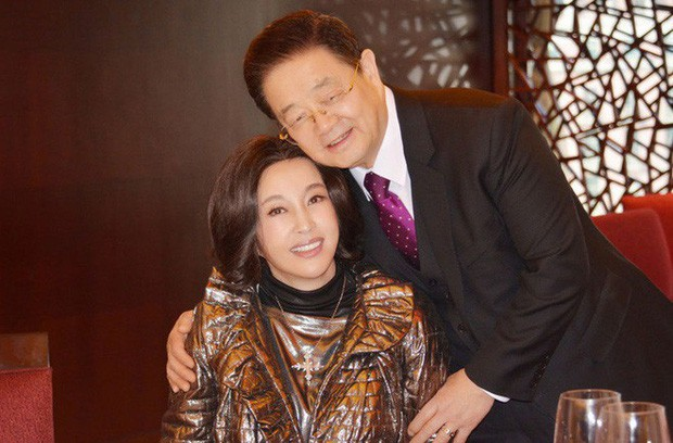 Võ Tắc Thiên Lưu Hiểu Khánh: Tỷ phú nức tiếng, 4 đời chồng, yêu trai trẻ nhưng không con cái - Ảnh 10.