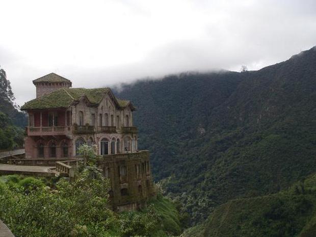 Hotel del Salto: Từ khách sạn sang dành cho giới quý tộc đến địa điểm tự tử nổi tiếng, gắn liền với những lời đồn chết chóc kì lạ - Ảnh 1.
