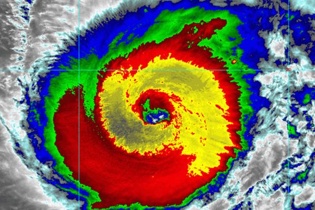 Siêu bão quái vật Hạ Long, mạnh bậc nhất lịch sử vệ tinh thời tiết - Ảnh 1.