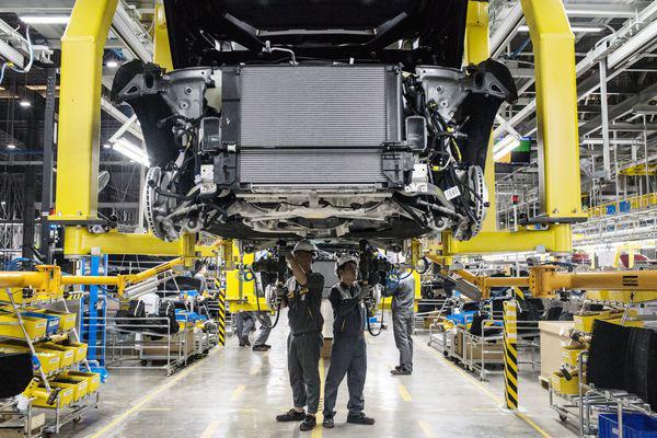 Tỷ phú Phạm Nhật Vượng tiết lộ tham vọng to lớn cùng Vinfast: Chấp nhận lỗ trong 5 năm, sẽ đặt cược 2 tỷ USD tiền túi để bán xe cho cả người Mỹ vào năm 2021 - Ảnh 3.