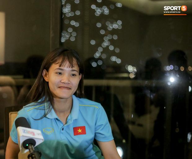 Chiến binh của tuyển nữ Việt Nam: Khi nàng Kiều biết đá bóng, mơ World Cup và câu nói hết hồn của bố mẹ khi thấy máu đỏ trên đùi con gái - Ảnh 1.