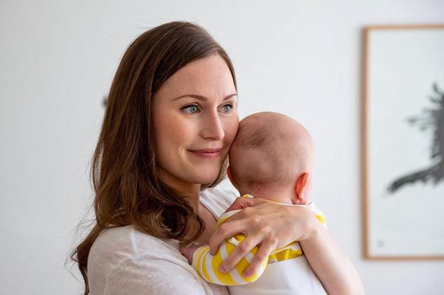 Cuộc sống ít người biết của nữ Thủ tướng trẻ nhất Phần Lan: Từng cảm thấy vô hình vì bị kỳ thị trước khi thành ngôi sao trên Instagram! - Ảnh 2.