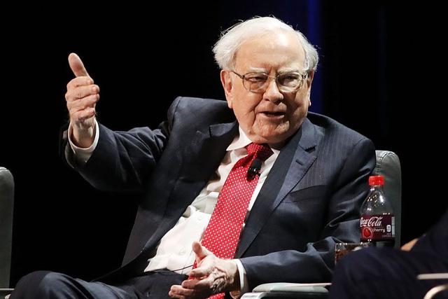 Từ việc giao báo thuở thiếu niên của Warren Buffett: Dù bạn đang đứng đâu trên nấc thang sự nghiệp, đừng bỏ qua bất kỳ cơ hội việc làm nào bởi chúng đều mang đến bài học đắt giá - Ảnh 1.