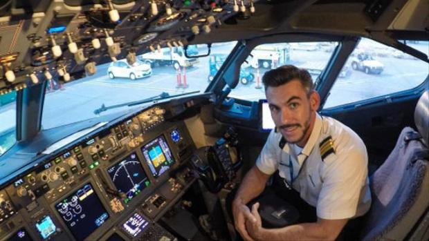 Sự thật là phi công không bao giờ dùng suất ăn giống với các hành khách trên máy bay, vì sao lại như vậy? - Ảnh 1.