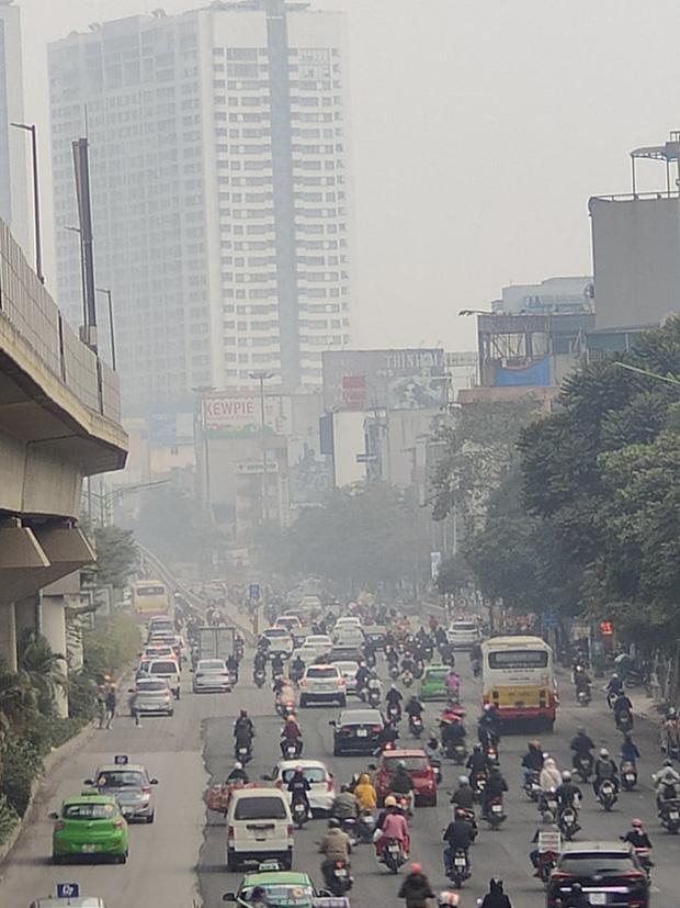Không khí Hà Nội tiếp tục ở mức ô nhiễm nặng, rất có hại cho sức khỏe - Ảnh 7.