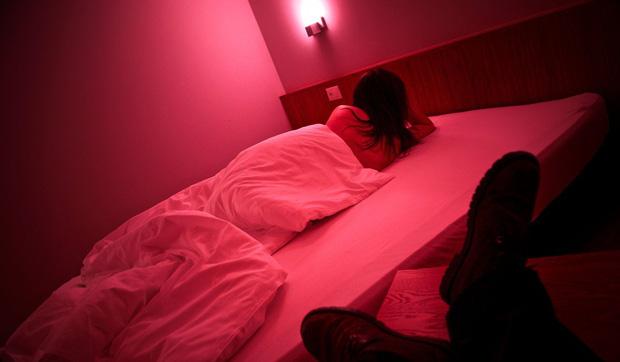 Chuyện về ngành công nghiệp sex Singapore: Bán dâm hợp pháp và vòng luẩn quẩn lách luật của những cô gái đứng đường không còn lựa chọn - Ảnh 4.