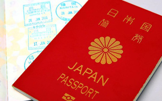 Dù hộ chiếu quyền lực nhất thế giới, người Nhật ít đi nước ngoài - Ảnh 1.