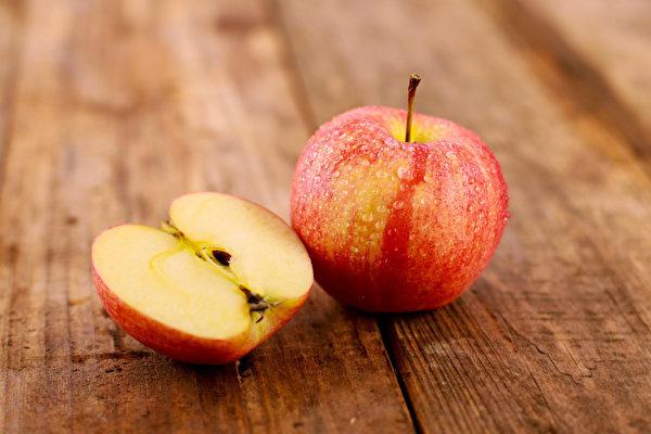 Điều kỳ diệu gì sẽ xảy ra khi ăn 2 trái táo/ngày: Những tác dụng khiến chị em tiếc hùi hụi vì không biết sớm hơn - Ảnh 1.