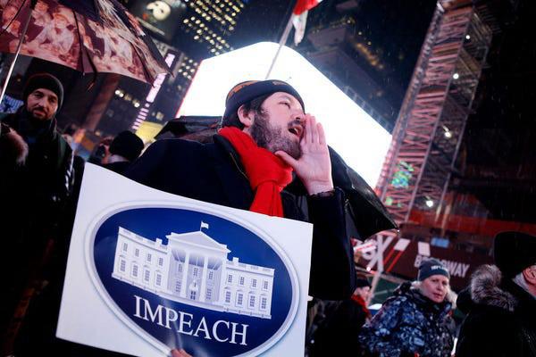 Dân Mỹ rủ nhau xuống đường ủng hộ luận tội Tổng thống Trump - Ảnh 9.