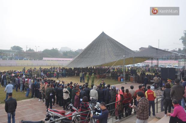 Xét xử thảm án nữ sinh giao gà: Bùi Thị Kim Thu run lẩy bẩy đứng trước vành móng ngựa, liên tục kêu oan - Ảnh 26.