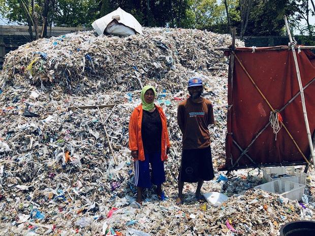 Đậu phụ nhiễm độc ở Indonesia: Món ăn rẻ tiền được sản xuất từ rác thải nhựa của Mỹ chứa hóa chất gây chết người khiến ai cũng rùng mình - Ảnh 3.
