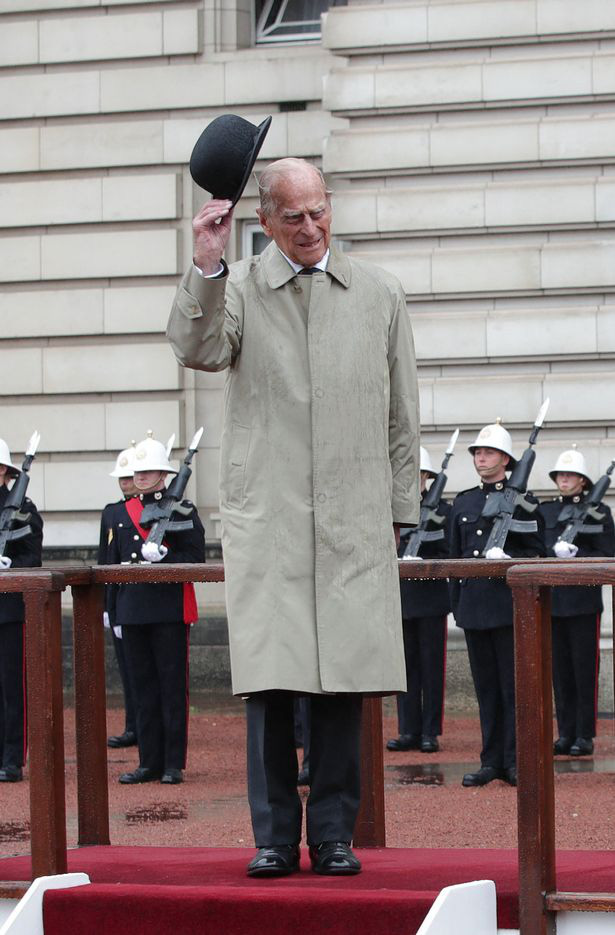 10 khoảnh khắc đã thay đổi Hoàng gia Anh mãi mãi trong một thập kỷ qua - Ảnh 4.